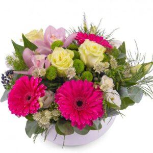 Kwiaty- Kompozycja w naczyniu