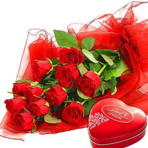 Bukiet- 11 róż z czekoladkami Lindor