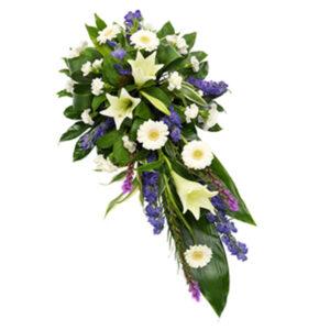 Wiązanka pogrzebowa z białych lili i gerber