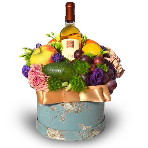 owocowy box z winem