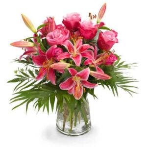 Bukiet z róż i lilii